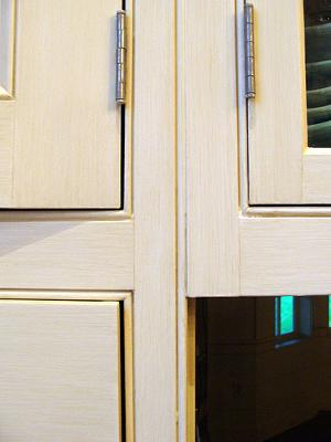 how-to-replace-your-cabinets-without-changing-a-thing-21411208