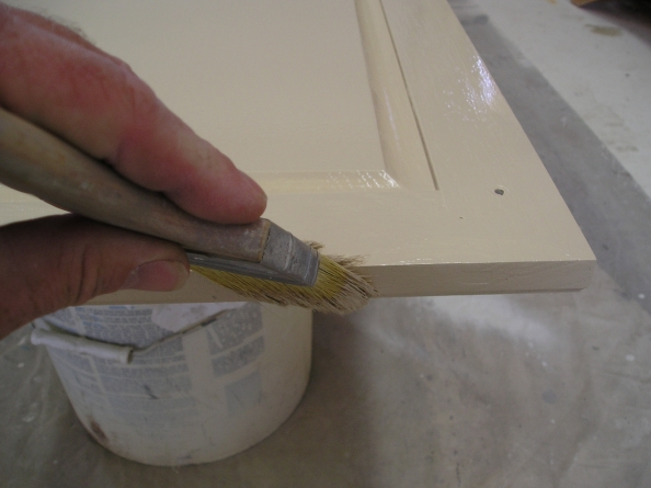 Cabinet Painting with a Brushing