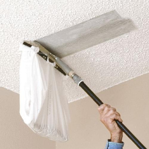popcorn-ceiling-sraper-in-use
