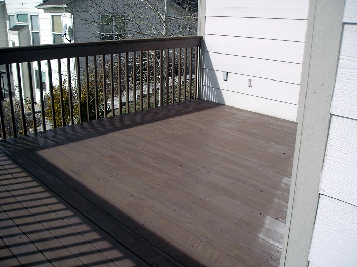 redwood deck restaining. Black Bedroom Furniture Sets. Home Design Ideas