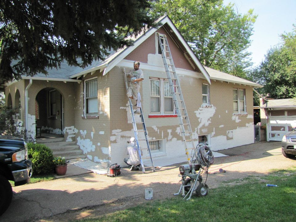 Top 4 Hacks For Repainting Your Home Exterior House